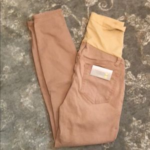 Pants - 💟 3 for $15 | NWT cropped leg maternity pants